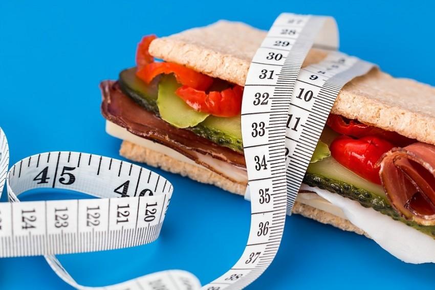 Diéta és edzés nélkül fogynak a japánok - Mindössze ennyit csinálnak