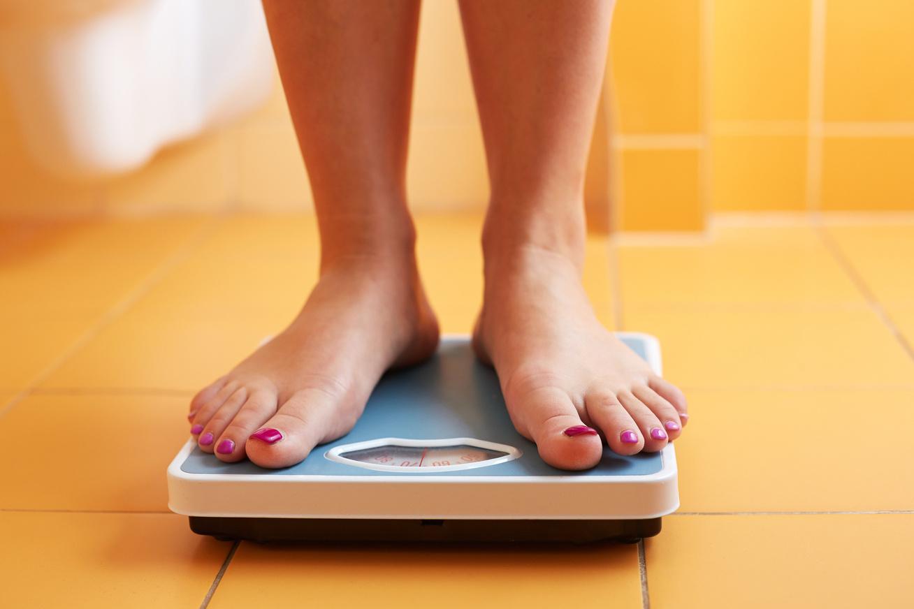 fenntartani a súlyt éget zsírt