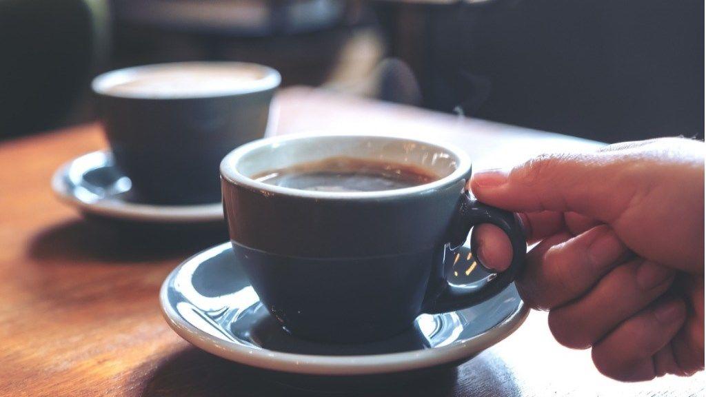 fogyni a kávé)