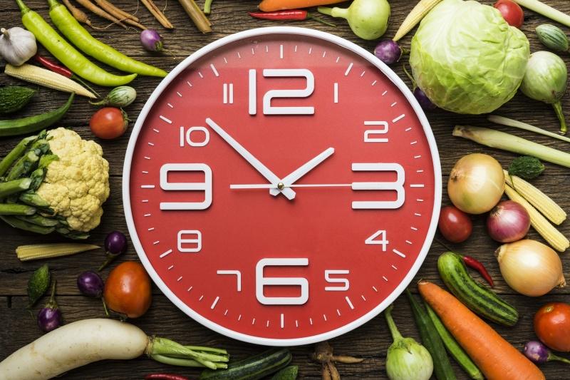 Így időzítsd az étkezéseket, ha fogyni szeretnél