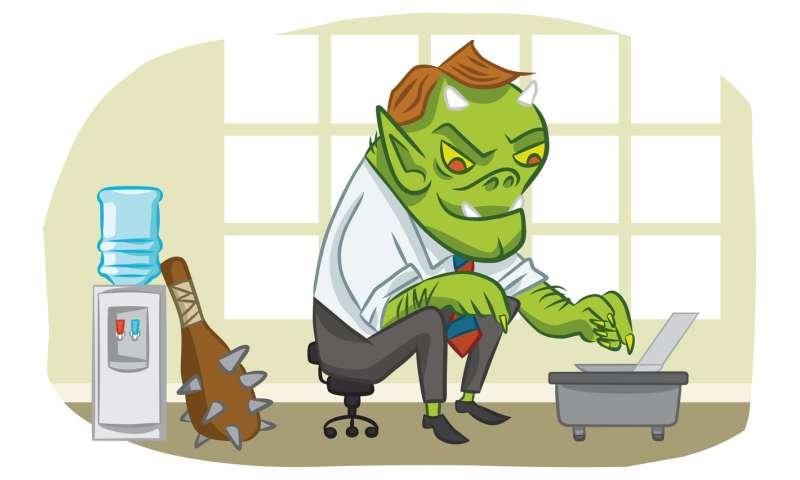 internetes troll fogyás)