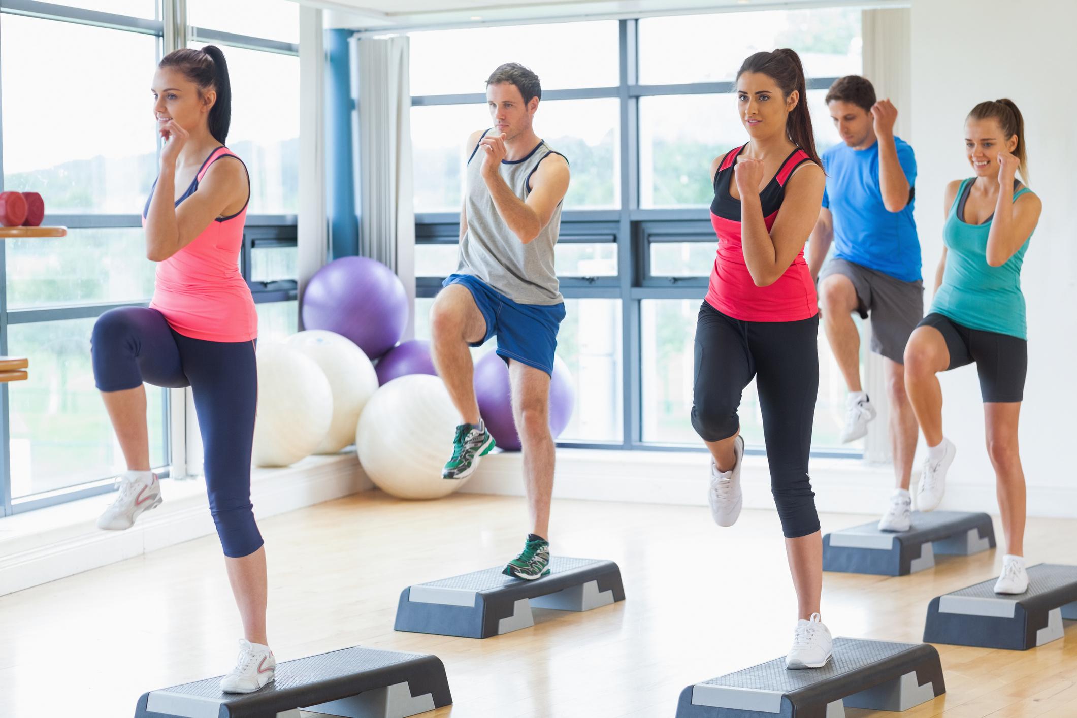 Ha a zsírégetés a cél, ez a két edzésmódszer a legjobb! Főleg együtt! - Dívány