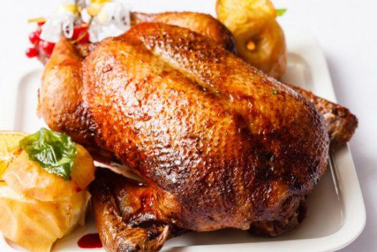 A kacsahús előnyei és kárai a bőrrel