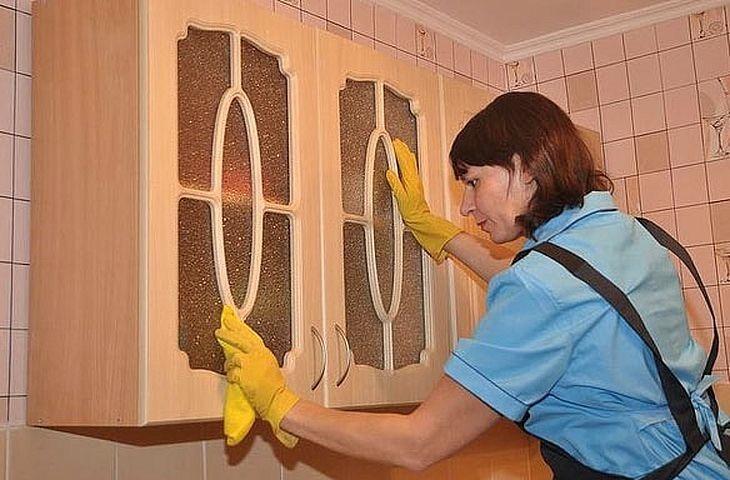 távolítsa el a zsírt a szőnyegről